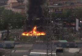 Мурманск, 23 октября. Несколько десятков тысяч жителей Мурманска остались без электроснабжения, в настоящее время подача электроэнергии возобновлена.